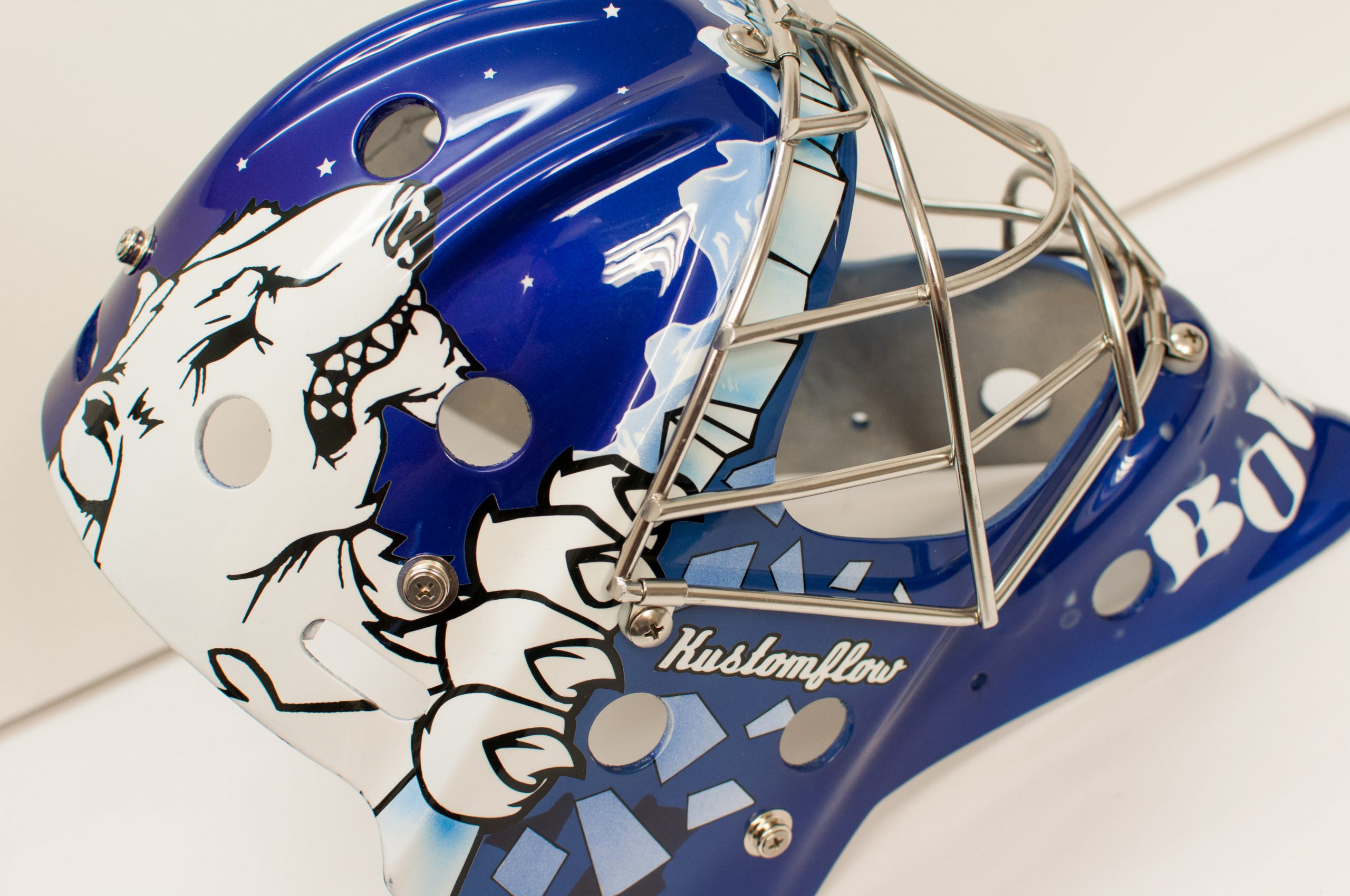 New season, new airbrushed goalie mask for Hull Stingrays Bownsy